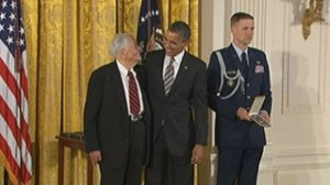 130215_Berry_Brazelton_barack_obama_honor