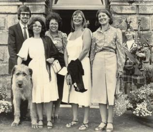 NBAS Symposium Dublin Castle, 1982 - Kevin, Grette Myrdal, Connie Keefer, Hanne Munck, Kate Buttenweiser and piper.